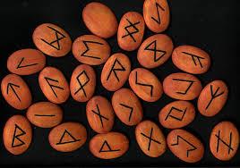 Runas Vikingas - Adivinación y Amuletos